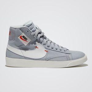 Nike mid blazer light gray